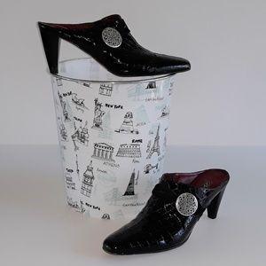 Brighton Romeo black Italian leather mules 9N